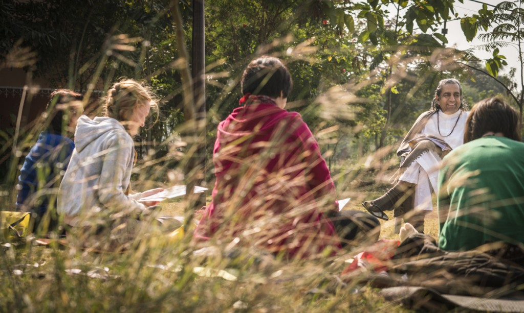 Guruji teaches international students at Paramamand ashram.